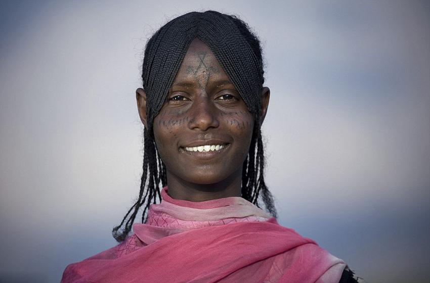 国外土著人伤疤纹身风俗(二)