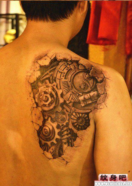 男生背部机械背部纹身图案图片
